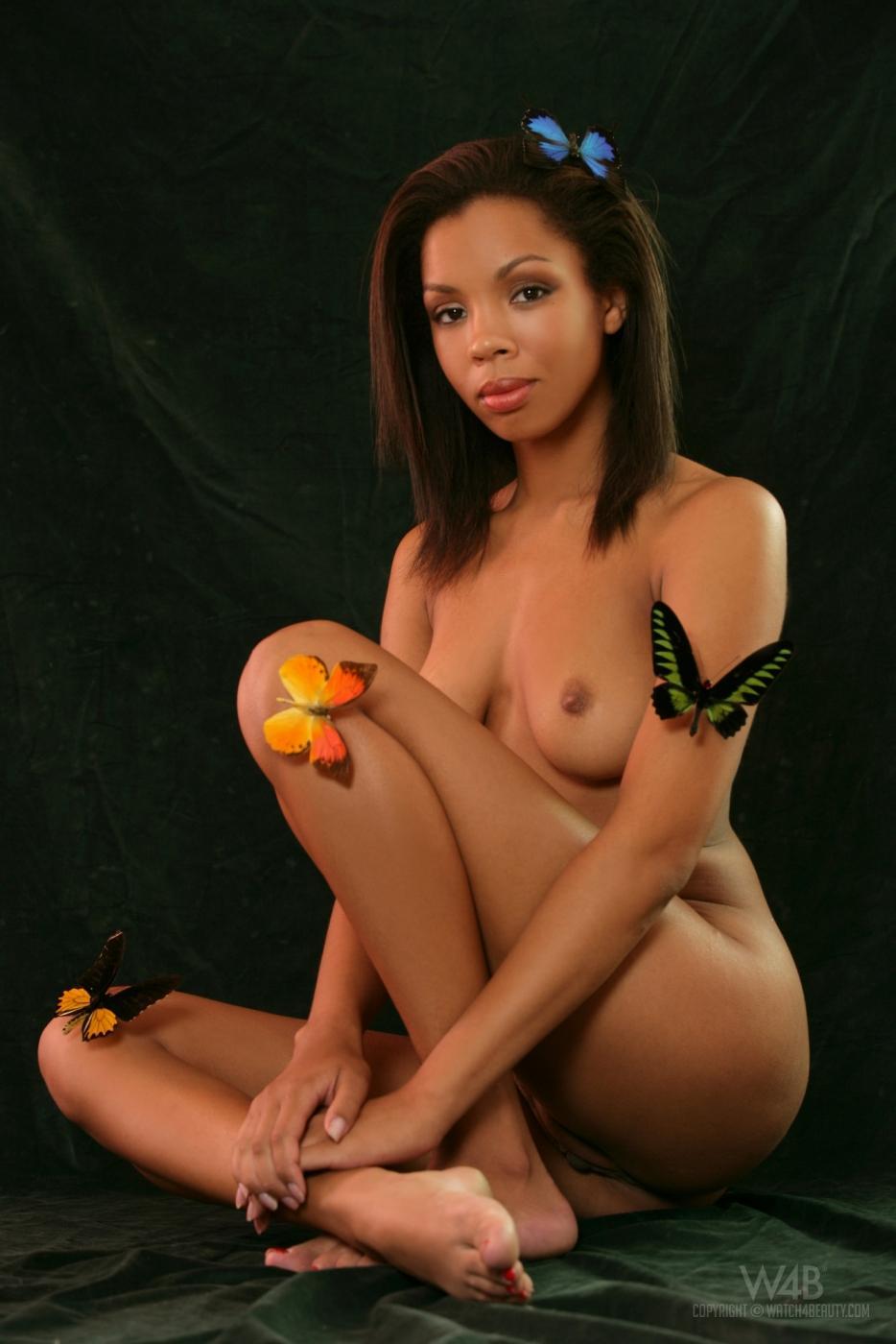 Фантастическая фото галерея от привлекательной африканки Luciana