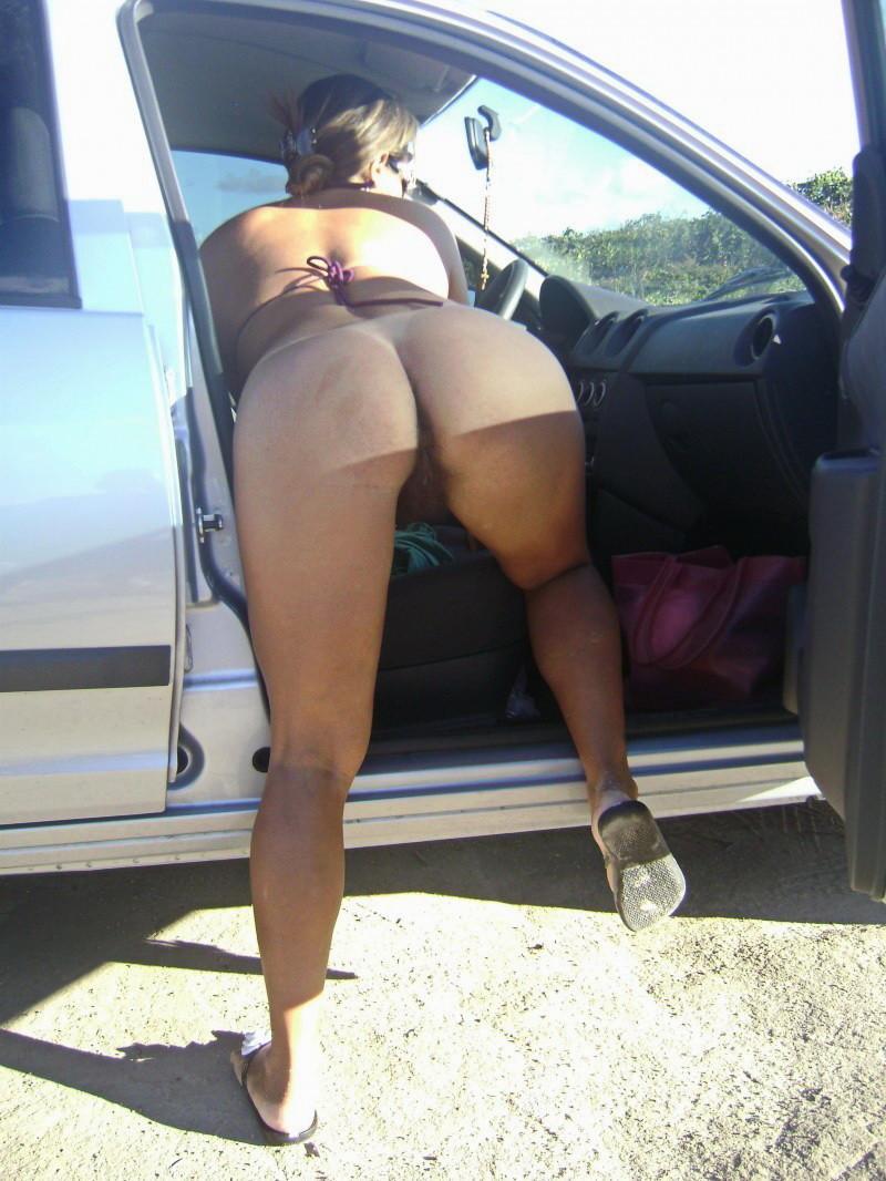 Раздетые сраки баб в машине