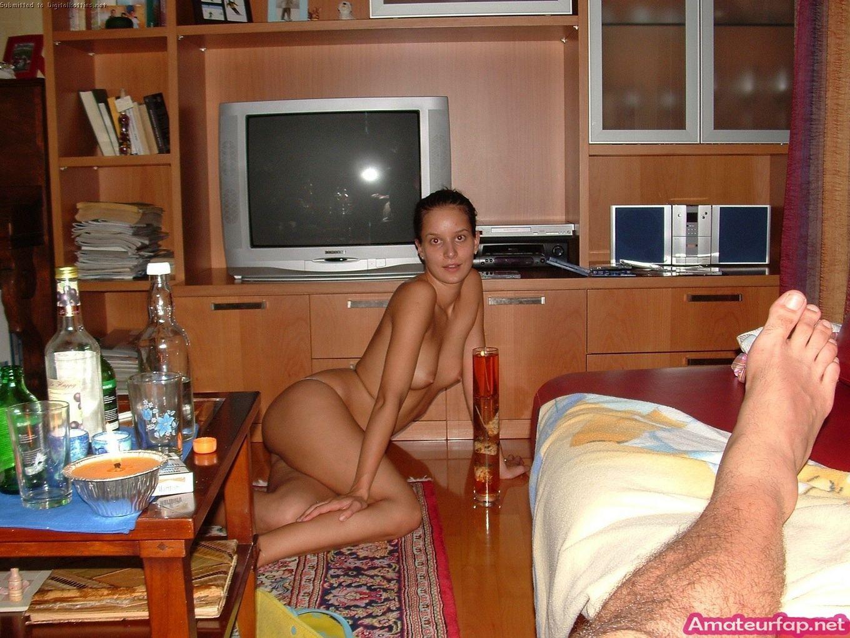 Интимные фото соблазнтельных забав бабы и ее соседа