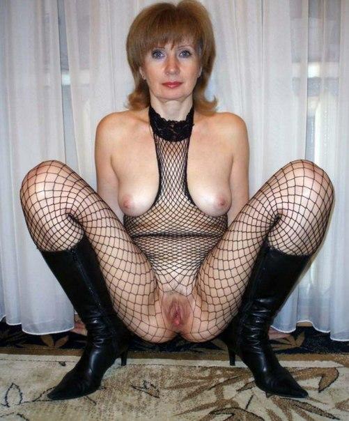 Роскошные мамки с крупными грудями красуются для любительского сета