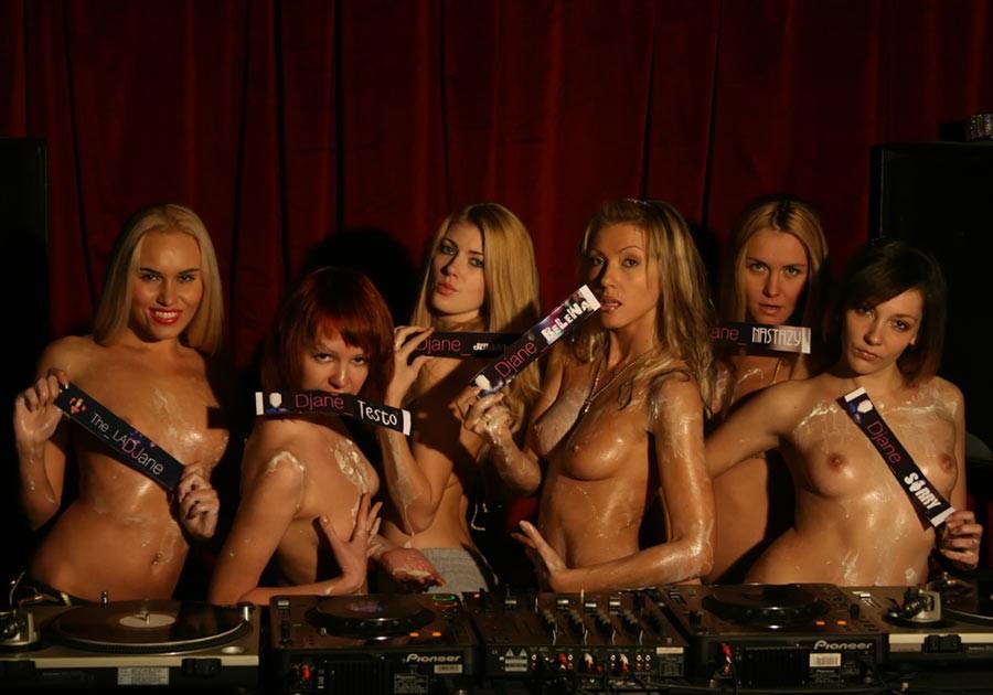 Пьяные модели веселятся на тусовках