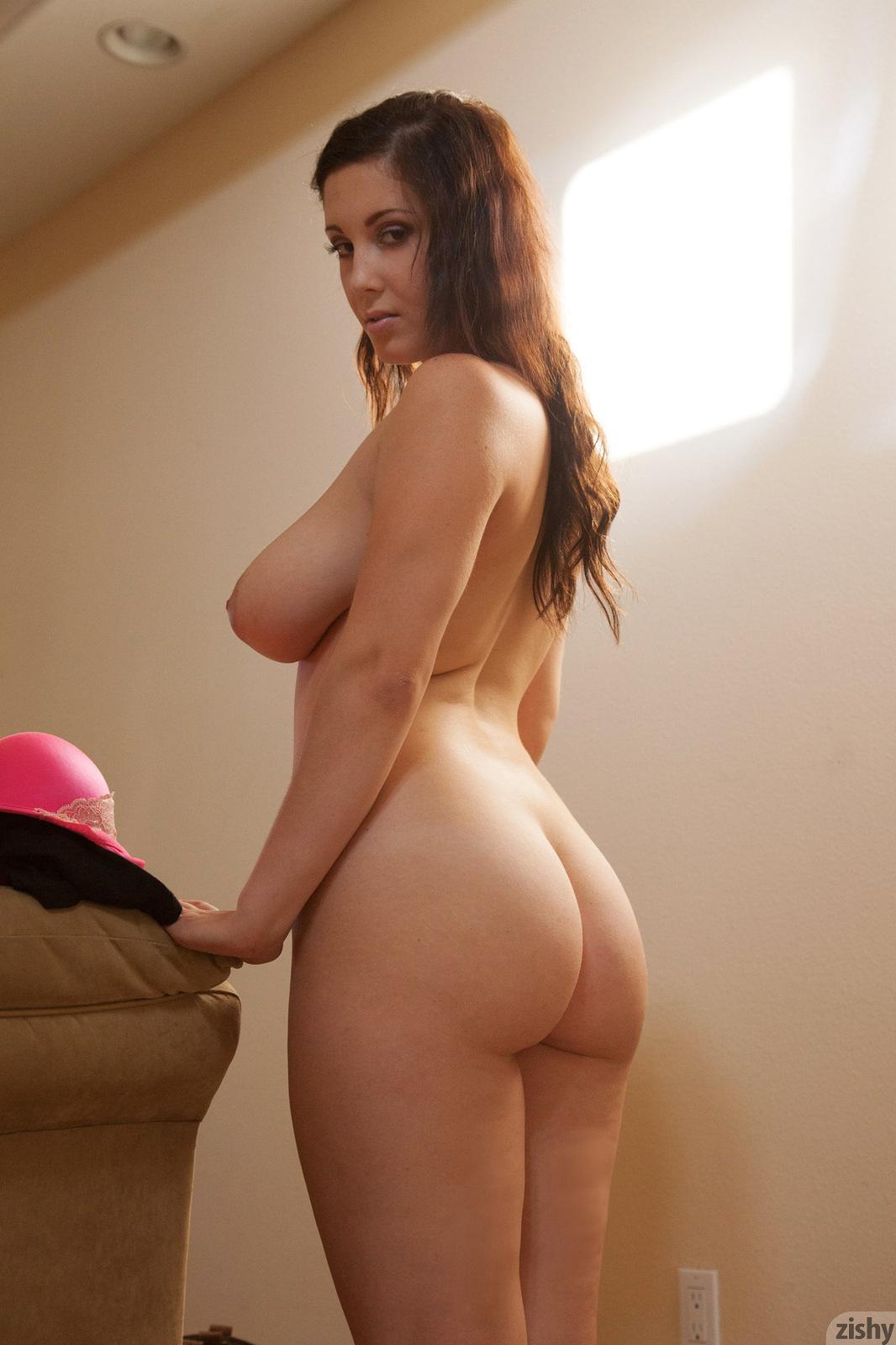Неистовые толстухи с крупными попочками и грудями
